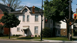 Great apartment on Brant Ave - call to view