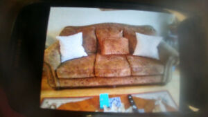 Very nice chesterfield Including All the Pillows