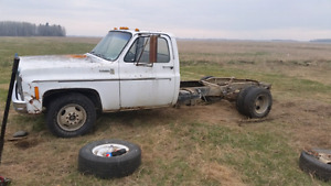 Looking for a 6.2 deisle truck also have some parts to sell