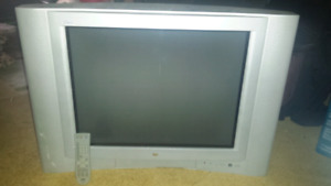 """JVC """"27"""" INCH TV WITH REMOTE FOR SALE"""