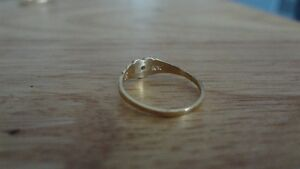 Cute and Tiny 10K Gold Ring! Size 4 Sarnia Sarnia Area image 2