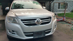 2009 Volkswagen Tiguan - EXCELLENT Condition