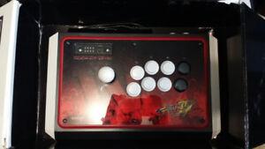 Madcatz Tournament Edition Street Fighter IV Fightstick