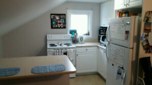 2 BRM APT available March 1st  $1150