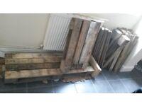 FREE> Dismantled pallets for DIY furniture