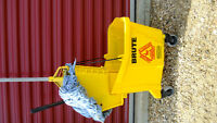 Janitorial, industrial Mop and Bucket, Near new,   Lacombe