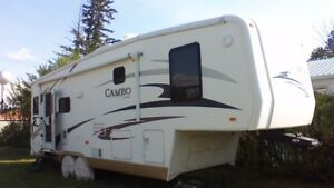 For Sale: 2007 Cameo 30 ft. fifth wheel