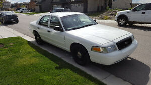 2011 Ford Crown Victoria INTERCEPTOR 4.6L NEW tires & glass