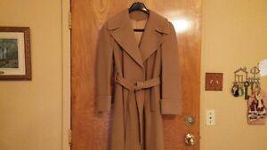 Manteau de femme 100% cachemire couleur Camel