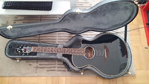 Yamaha APX700 Acoustic-Electric Guitar