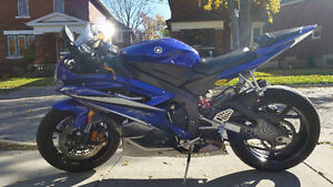 Extra clean great running Yamaha YZF Kitchener / Waterloo Kitchener Area image 1