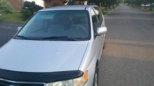 2003 Honda Odyssey EX-L With 320,000km .. Clean title. Secend OE