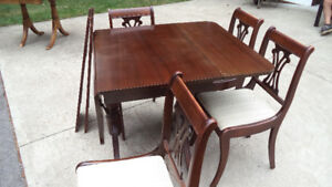 Duncan Fyfe Dining Table & Chairs