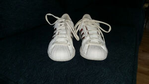 Size 7.5 women's Adidas basketball shoes