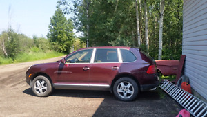 2004 Cayenne S 4.5 runs great but needs a head gasket.new brakes