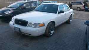 2009 P71 crown vic