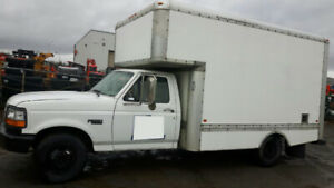 Great running reliable cube truck for sale