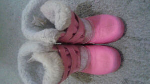 Girl's Snow boots for $5