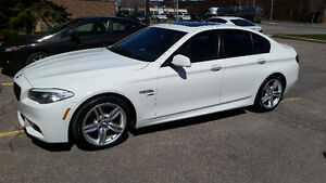 2011 BMW 5-Series 535i xDrive Sedan VERY CLEAN WITH WARRANTY!