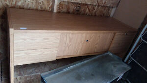 For sale desk with draws  great condition like new
