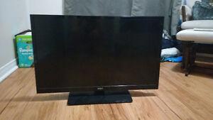 "RCA 32"" LED TV/DVD Combo - PENDING"