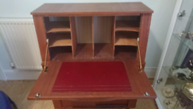 1980s Writing Bureau