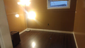 Pet Friendly 1 Bedroom Apartment Available Now