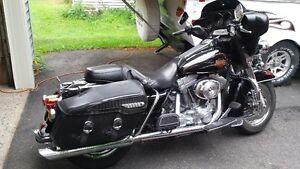 REDUCED!!!  Harley Davidson Electra Glide Classic FLHTCI