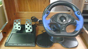 LM571 Universal Racing Wheel and Pedals