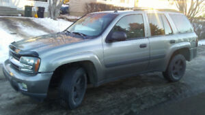 05 Chevy Trailblazer LT, (Solid 4X4, Low-KMs) Just $3800 OBO