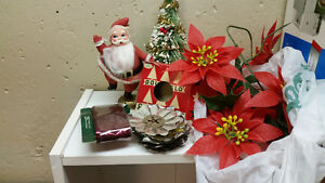 Electric Table top tree and vintage x-mas Decorations