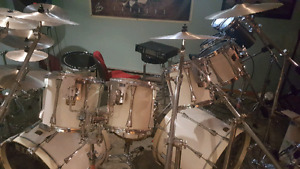 TAMA ARTSTAR CUSTOM DRUM KIT