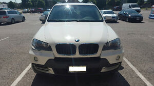 2008 BMW X5 3.0si SUV, Low KM, Excellent Condition, Quick Sale!