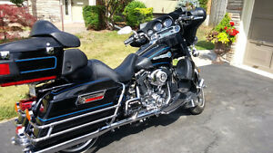 H-D Ultra Classic Electra Glide Peace Officer Special Edition