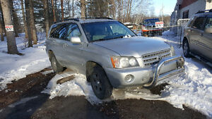 2001 Toyota Highlander 4X4 MAGS AC SUPER PROPRE!