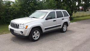 2006 Jeep Grand Cherokee LOW KM, SAFETIED & E-TESTED, FINANCE