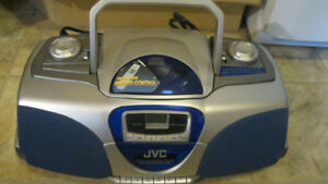 JVC RC-BX33SL Portable AM/FM Stereo CD/ Cassette Player boombox