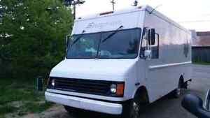 Camion Chevrelet P30, 6,5L diesel