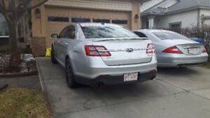 2015 Ford Taurus SHO, only 17000km