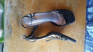 Ladies Dress Shoes Size 9