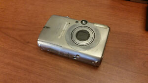 CANON POWERSHOT SD950 IS - point and shoot camera