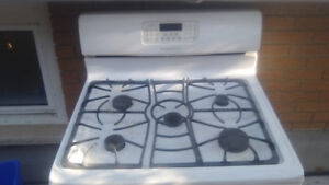 gas stove in good condition ask for $100