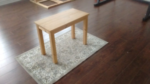 Ikea end table or plant table.