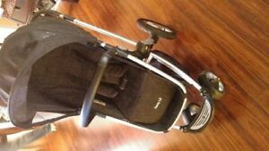 MAXI COSI FORAY LX TRAVEL SYSTEM WITH MICO AP CAR SEAT AND BASE