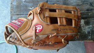 Rawlings adult baseball glove