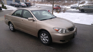 2002 Toyota Camry LE on sale !