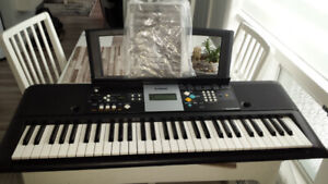 clavier piano synthétiseur