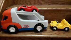 Gros camion Little tikes