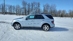 2008 Mercedes-Benz M-Class 320 CDI SUV, Crossover
