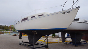 Grampian 26 sailboat with inboard diesel